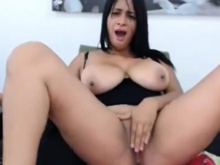 Indian with bossoms that is large livecam